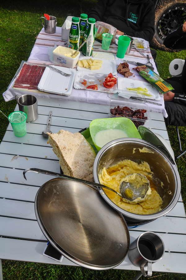 Cicvara i još ponešto za doručak