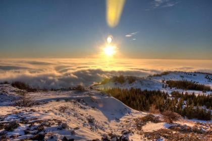 Prava nagrada za trud - pogled na magleno more i sunce