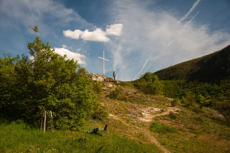 Across the Moravica canyon from Sokograd