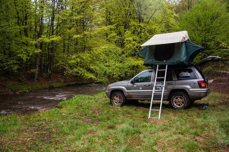 Camping on the Black river in Homolje mountains