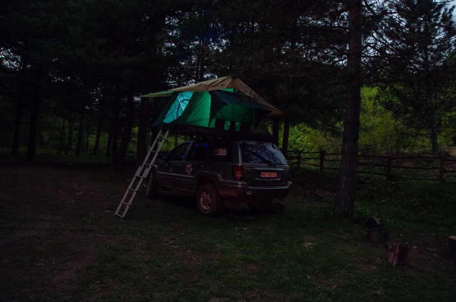 Silent night with the rooftop tent on Ravna reka
