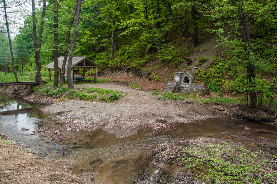 Ravna reka is a very nice camping spot - everyting you need is there, including drinking water