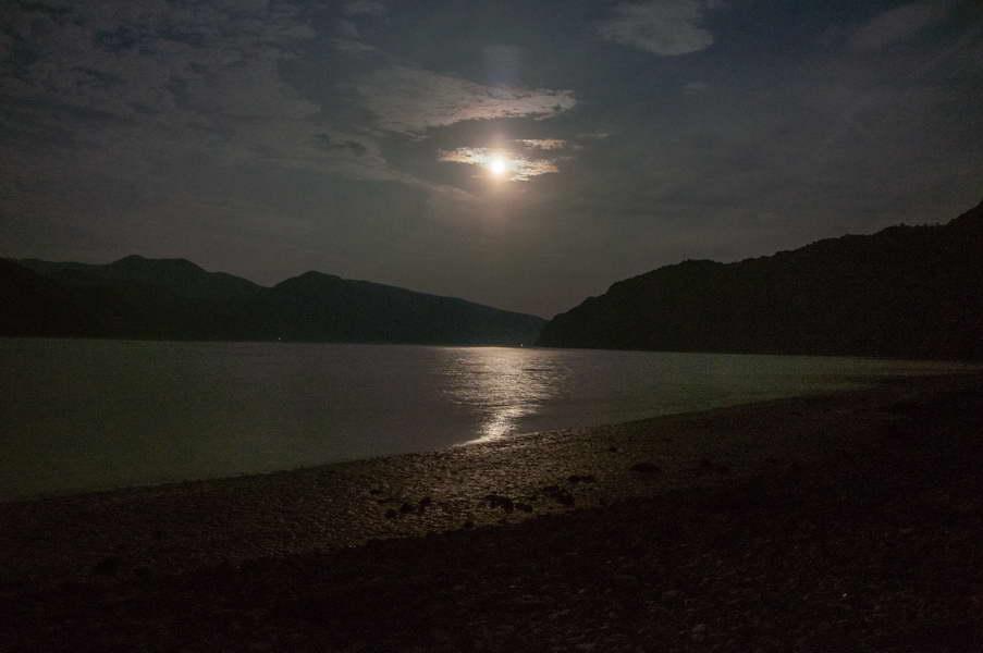 Full moon over Danube