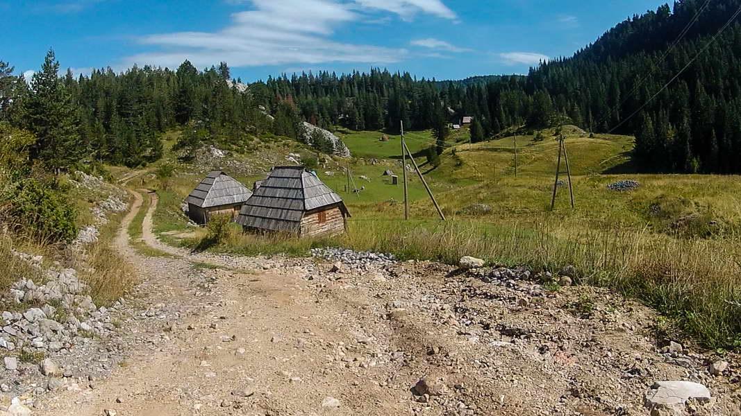 Katun Zaboj - jezero je blizu