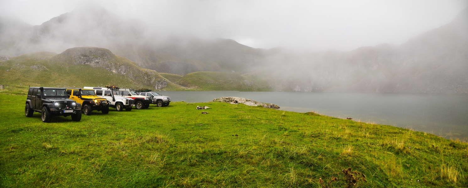 Završna grupna fotografija na Kapetanovom jezeru