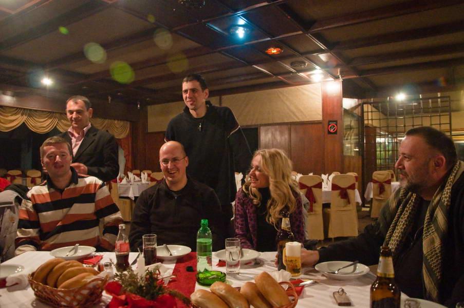 Večera sa učesnicima karavana u motelu Vranje