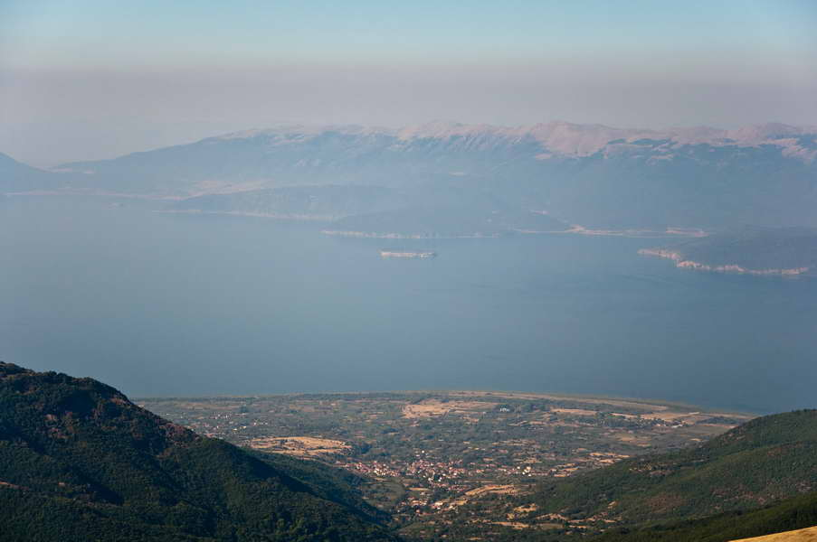 Prespansko jezero, 1500 m ispod nas