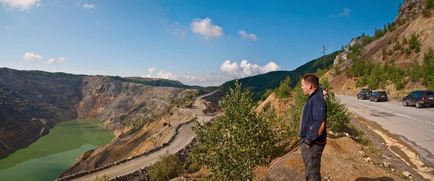 Pogled na površinski kop rudnika Majdanpek