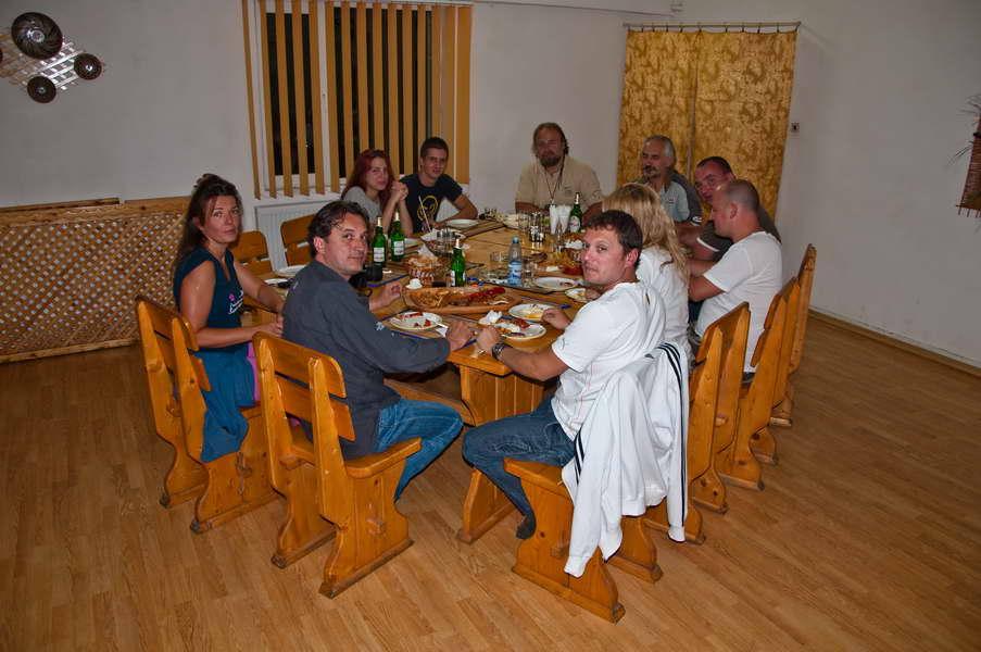 Na zajedničkoj večeri
