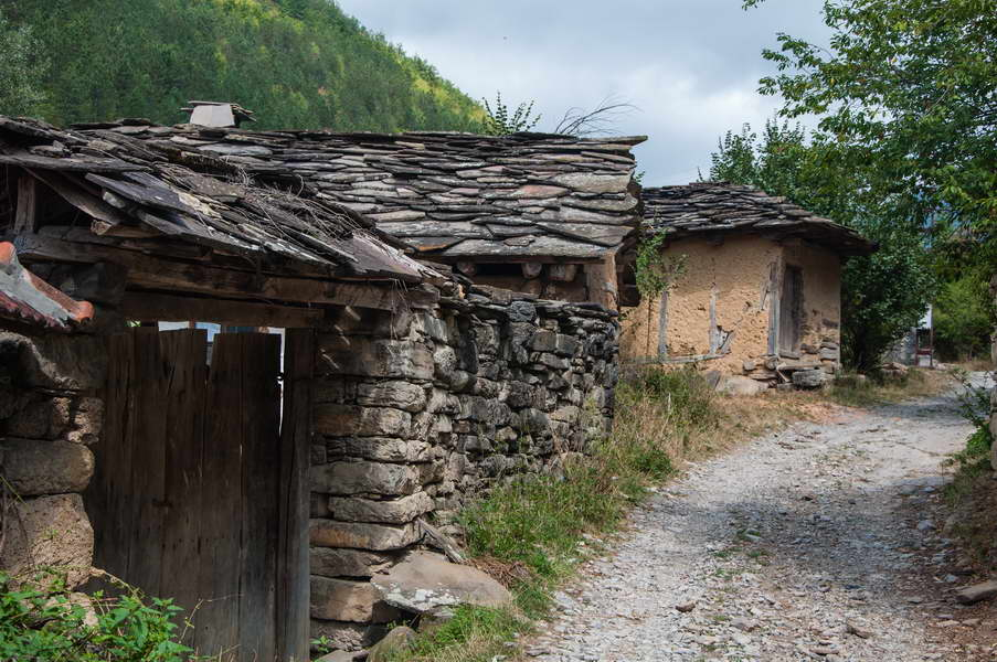 Old houses of Gostuša village