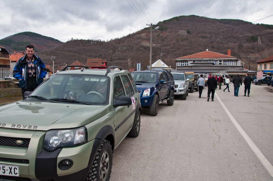 Kraća stanka u Trgovištu, da se ljudi pozdrave sa predsednikom opštine