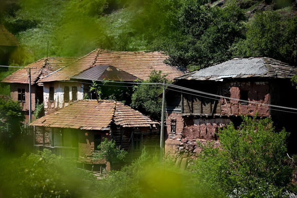 Selo Topli Dol