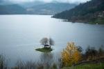 Na Zaovinskom jezeru često nailazite na zanimljive detalje